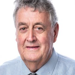 Cr Murray Emerson